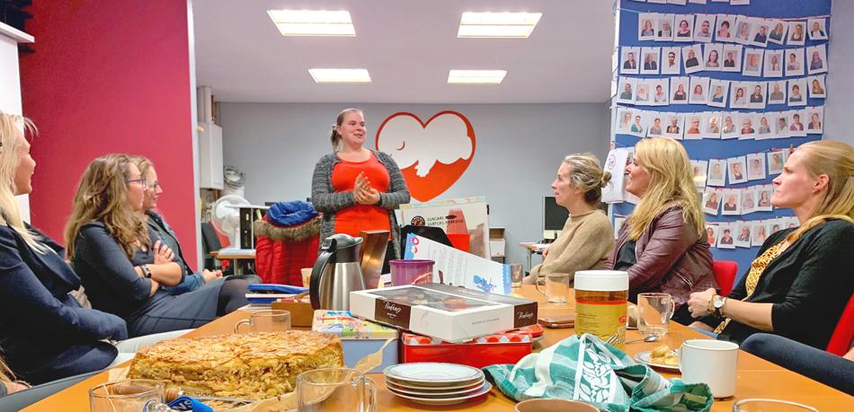 Ladies Circle Alkmaar Op Bezoek Bij Stichting Babyspullen